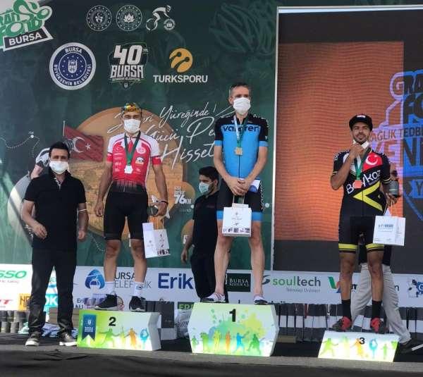 Antalyaspor Bisiklet Takımı sporcusu, Bursa'da gümüş madalya kazandı