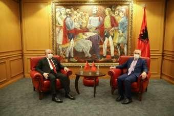 TBMM Başkanı Şentop, Arnavutluk Cumhurbaşkanı Meta ile görüştü
