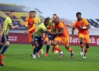 Süper Lig: Fenerbahçe: 0 - Galatasaray: 0 İlk yarı