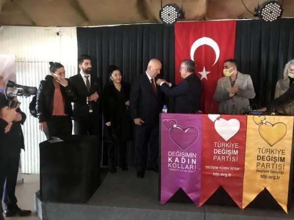 Avcılar'da Türkiye Değişim Partisi'ne katılım töreni