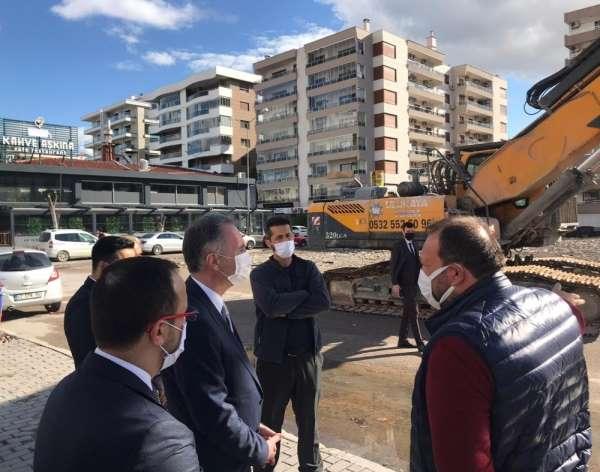 İnegöl Belediye Başkanı Alper Taban, İzmir depremi sonrası çalışmaları yerinde i
