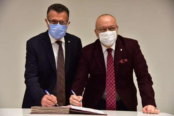 Büyükşehir, 'Bakkal Şükrü Evi'ni Alaşehir Belediyesine tahsis etti