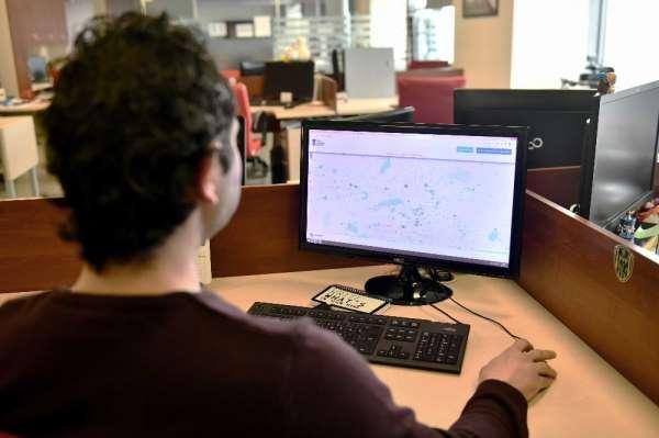 Ankara Büyükşehir Belediye Başkanı Mansur Yavaş meydanlarda ücretsiz internet ve